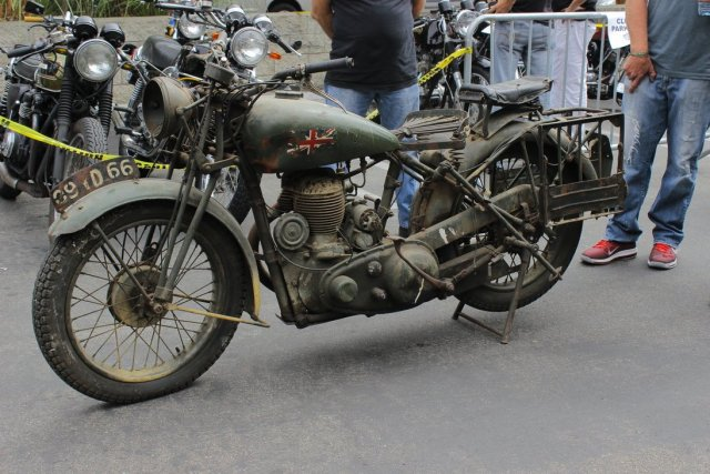 http://www.RetroMoto.lv/images/uploads/1451078007-world-war-2-royal-enfield-motorcycle-by-alucard214-d6mmly4.jpg
