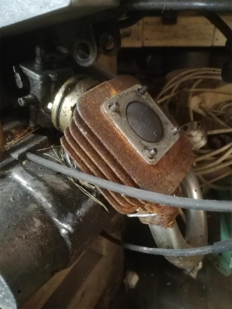 http://www.RetroMoto.lv/images/uploads/1589844183-motors-kompl.jpg